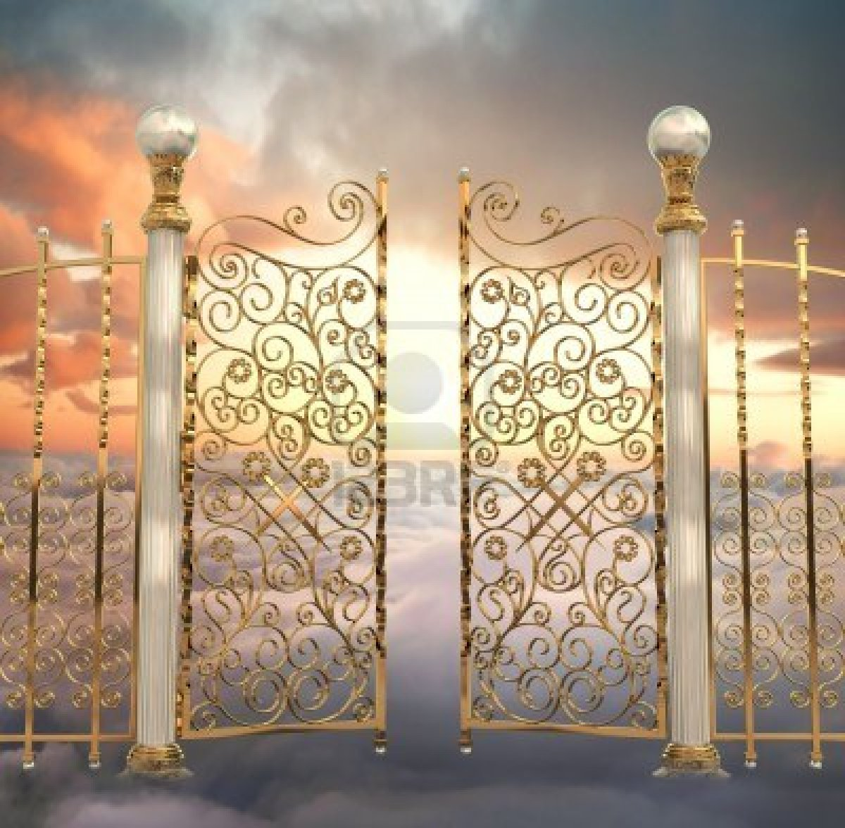 7059347-the-pearly-gates-of-heaven-being-opened